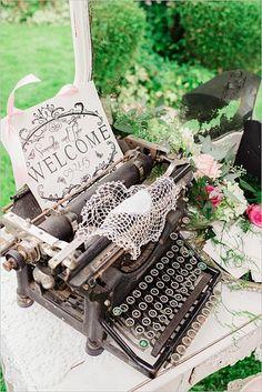 Decora tu boda vintage con esta preciosa idea. #wedding #vintage