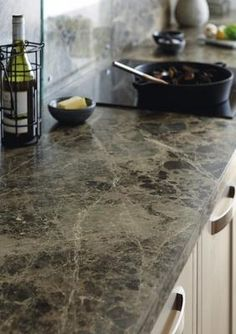Howdens Tewkesbury Framed Stone Kitchen Range Worktop