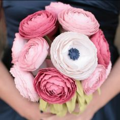 Paper Ranunculus on Etsy - Sunny and Stumpy