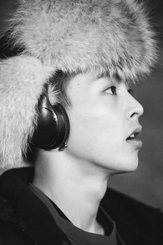 "Xiumin wanders the street of Berlin for EXO's ""Pathcode"" video teaser Exo Xiumin, Exo K, Exo Smtown, Tao, Chen, Super Junior T, Culture Pop, Kim Minseok, Songs"