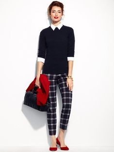 office outfits for young professionals Office Outfits, Fall Outfits, Casual Outfits, Cute Outfits, Work Outfits, Office Attire, Plaid Pants Outfit, Sweater Outfits, Business Casual