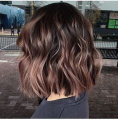 Latest Sweet Hairstyles for Short Hair Trend bob hairstyles 2019 - Frisuren Cute Hairstyles For Short Hair, Short Hair Cuts, Curly Hair Styles, Sweet Hairstyles, Cute Short Hair, Wedding Hairstyles, Short Hair Lengths, Wavy Bob Hairstyles, Hello Hair