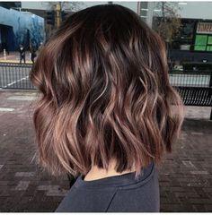 Latest Sweet Hairstyles for Short Hair Trend bob hairstyles 2019 - Frisuren Cute Hairstyles For Short Hair, Short Hair Cuts, Sweet Hairstyles, Cute Short Hair, Wedding Hairstyles, Long To Short Hair, Short Wavy, Fine Hair, Wavy Hair