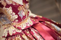 #roatextil #FMV2015 #fallas #indumentaria Brocade Fabric, Beautiful Dresses, Gowns, French Lady, Lace, Alicante, Fashion, Models, Vintage Outfits