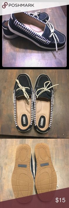Khombu Boat Shoes EXCELLENT condition. Worn once. Navy blue and white. Khombu Shoes Flats & Loafers