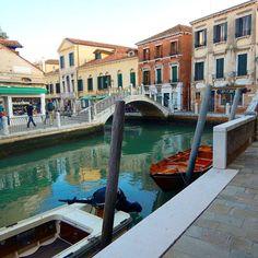 Venice is Venice!  You want to increase your followers on Instagram?  Click the link that you find in my bio!  Vuoi aumentare il numero di follewers su Instagram?  Fai click sul link che trovi nella mia biografia!