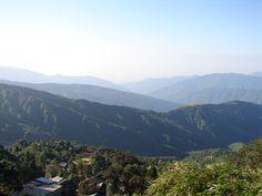 #magiaswiat #podróż #zwiedzanie # dardżyling #blog #azja #katedra #indie #pałac #ogrody #zabytki #swiatynia #stupa #kolejka #pociag #mahakala #tigerhill #wschod #słońce #yigachoeling #monastery #miasto #drukthuptensangag # cholingmonastery #himalaje Indie, Mountains, Nature, Blog, Travel, Naturaleza, Viajes, Blogging, Destinations