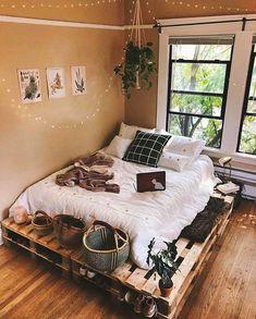 Dorm room, home design, dorm decor. Dorm room, home design, dorm decor. Bohemian Bedroom Decor, Cozy Bedroom, Bedroom Inspo, Bedroom Ideas, Bedroom Inspiration, Bedroom Designs, Ikea Bedroom, Master Bedroom, Master Suite