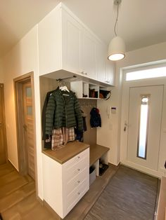 Mudroom, Home Organization, Kids Room, Sweet Home, Entryway, House Design, Inspiration, Furniture, Home Decor