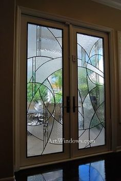 Everything made of Glass Modern Stained Glass, Stained Glass Door, Stained Glass Designs, Stained Glass Panels, Stained Glass Projects, Stained Glass Patterns, Window Glass Design, Frosted Glass Design, Etched Glass Door