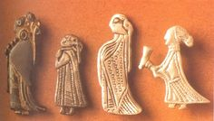 Amulets of women - maybe valkyries (6th century, Sweden)