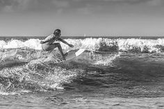 Cogiendo olas... Pablo Sandoval, Waves, Pictures, Outdoor, White Photography, Outdoors, Photos, Photo Illustration, Ocean Waves
