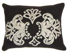 Such a pretty accent pillow!