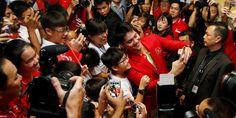 Joseph Schooling Receives A Hero's Welcome Upon Return To Singapore - http://directmarketing.tips4all.eu/joseph-schooling-receives-a-heros-welcome-upon-return-to-singapore/  Free PLR Articles http://freeplrarticles.biz/