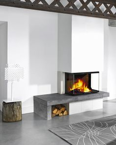 Atraflam 750 Atraflam plinski kamin The post Atraflam 750 appeared first on Wohnzimmer ideen. Home Fireplace, Living Room With Fireplace, Fireplace Design, Wood Burner Fireplace, Living Room Interior, House Interior, Modern Fireplace, Interior Design, Living Room Design Modern