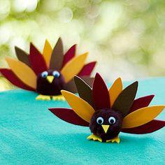 Kids' Thanksgiving Crafts