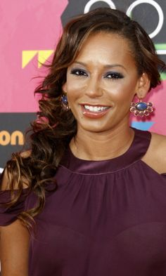 Mel B Sporting A Side-Swept Hairstyle, 2010