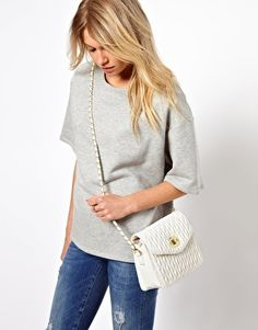 #HoneyFinds www.joinhoney.com ASOS Across Body Bag With Ruched Quilt. Original price: $37.33 Sale price: $22.06