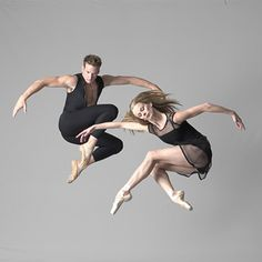 Australian Ballet. Photo by: Lois Greenfield