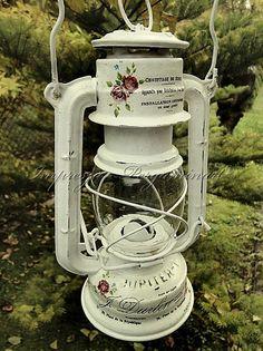 Impresja - decoupage i technika pergaminowa Tin Can Crafts, Jar Crafts, Vintage Lamps, Vintage Shabby Chic, Lamp Redo, Shabby Chic Garden, Jar Lights, Iron Decor, Painted Furniture