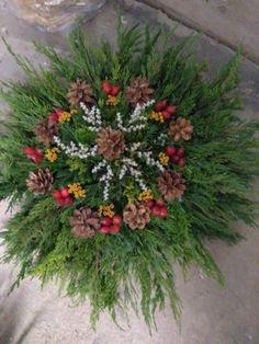 Funeral Flowers, Floral Wreath, Wreaths, Plants, Christmas, Home Decor, Flower Arrangements, Xmas, Baskets