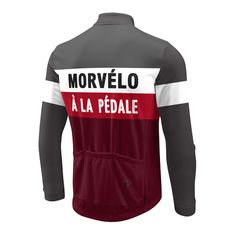 The new Morvelo a la Pedale ThermoActive Jersey pays homage to the cold European races. A brushed fleece keeps the heat in and a microfibre construction allows sweat out. Morvelo have incorperated an arm-warmer style cut into their sleeves. Closed cuffs and a close fit keep cold out and warmth next to the skin whilst a high collar provides protection from biting head winds.The a la Pedale has been designed with layering in mind. Worn alone on cool days, with a baselayer on cold days, or…