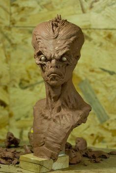 alien bust by sculptart31 on DeviantArt