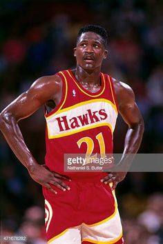 College Basketball, Basketball Players, Sports Teams, Best Nba Players, Dominique Wilkins, Basketball Pictures, Nba Stars, Sport Icon, Atlanta Hawks