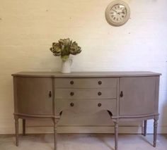 Gorgeous Georgian Serpentine Hand Painted Sideboard Shabby Chic French Linen 110