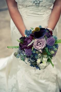love the combination of the different types of flowers and shades of purple