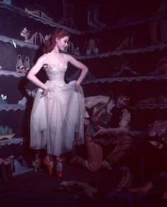 The Red Shoes - one of the most gorgeous movies ever! I still want to be a ballerina when I grow up u_u
