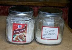 Homemade Instant Brown or Chicken Gravy Mix Instead of buying those instant gravy packs, mix this up and save money. It also tastes better than those packs. Homemade Dry Mixes, Homemade Spices, Homemade Seasonings, Homemade Brown Gravy Mix Recipe, Chicken Gravy Mix Recipe, Soup Mixes, Spice Mixes, Spice Blends, Chutneys