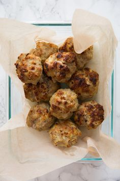 Gluten Free Pork, Apple and Cheddar Meatballs - Inspiralized - Valentina What Is Gluten Free, Gluten Free Meal Plan, Baby Fingerfood Recipes, Baby Food Recipes, Appetizer Recipes, Healthy Food Blogs, Healthy Recipes, Healthy Meals, Bon Ap