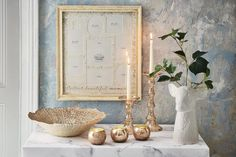 SImple home accessories can make all the difference to your interior, and if gorgeous golds are your thing, here are a few pieces your home could benefit from! Whether candlesticks for your Christmas table setting, or a frame to make your gallery wall pop, it's time for an accessory update.