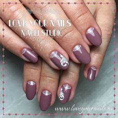 Nailart, short nails, www.loveyournails.com