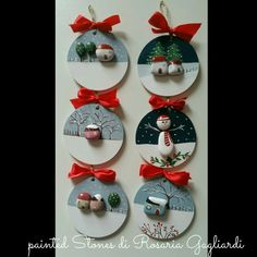 Christmas painting on stones and pebbles: 125 ideas for cray .- Christmas painting on stones and pebbles: 125 ideas for creativity with children – best decoration ideas - Christmas Pebble Art, Christmas Rock, Natural Christmas, Diy Christmas Ornaments, Kids Christmas, Handmade Christmas, Holiday Crafts, Christmas Decorations, Ornaments Ideas