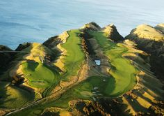 Designed on 460-foot New Zealand cliffs by legendary golf architect Tom Doak, the Cape Kidnappers par 71 golf course measures 7,119 yards (6,510 meters) and will challenge golfers of all skill levels. Completed in 2004, this spectacular New Zealand golf course has been hailed as one of the great modern marvels in golf. Cape Kidnappers' golf course is currently ranked the 41st best golf course in the world by Golf Magazine.