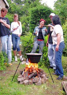 Einladung zur Gulasch-Party bei Gongoll am Samstag, dem 13.05.2017     Am Samstag, dem 13.05.2017 laden wir Sie zu unserer ersten Gulasch-Party bei Gongoll ein.   Zusammen mit  Outdoor-Kesseln.de  werden wir den Gulaschkessel heiß...