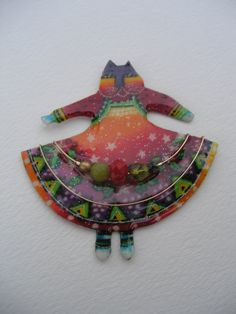 Laurel Burch Stephen Dalton Modernist Christmas Dress Cat Pin or Pendant Jade Czech Glass Type Art, Types Of Art, The Colour Of Magic, Cat Fabric, Z Arts, Cat Pin, Laurel Burch, Cat Jewelry, Love Painting