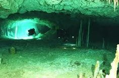 Eerie Underwater Graves & Diving For Submerged Skeletons - WebEcoist Clovis People, Underwater Caves, Bottom Of The Ocean, Cave Diving, Before Us, Prehistoric, Mother Nature, Places To Visit, Old Things