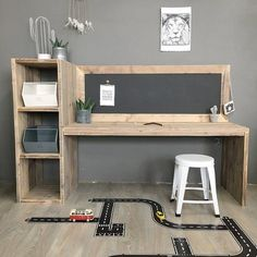 Wooden play table with chalkboard, craft table, children& desk- Houten speeltafel met krijtbord, knutseltafel, kinderbureau Wooden scaffolding table Aya Kids Bedroom Boys, Kids Bedroom Furniture, Kids Room, Wooden Furniture, Furniture Sets, Kids Study Spaces, Construction Bedroom, Childrens Desk, Toy Rooms