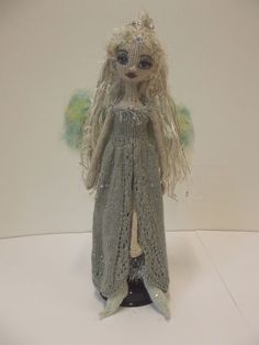 Crochet Baby Sweater Pattern, Baby Sweater Patterns, Crochet Doll Pattern, Crochet Art, Yarn Dolls, Knitted Dolls, Crochet Dolls, Knitting Projects, Knitting Patterns