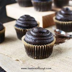 Whole Grain Chocolate Cupcakes with Dark Chocolate Peanut Butter Frosting via @tastesoflizzyt