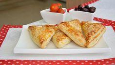 בורקס גבינה וזיתים מבצק עלים - קל וממש טעים!