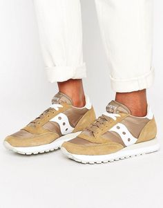 SAUCONY JAZZ ORIGINAL SNEAKERS IN SAND - BEIGE. #saucony #shoes #