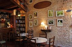 Cafè Literario is a comfy coffee place with a nice literary atmosphere in downtown Asuncion: Mariscal Estigarribia at calle Mexico. Asuncion is the capital of Paraguay.