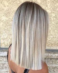 Popular-Short-Blonde-Hair Popular Short Haircuts 2018 2019 - November 02 2019 at Blonde Hair Looks, Brown Blonde Hair, Blonde Short Hair, Ashy Hair, Short Blonde Haircuts, Blonde Honey, Honey Balayage, Short Hair Model, Short Hair Cuts
