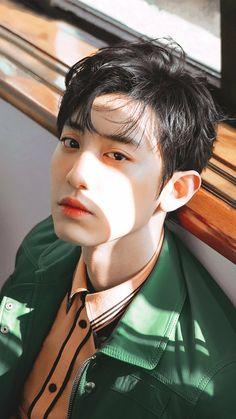 park chanyeol never cease to disappoint Chanyeol Cute, Exo Chanbaek, Chanyeol Baekhyun, Kim Minseok, Kpop Exo, Exo Chanyeol, Yixing Exo, Kris Wu, Jackson Wang