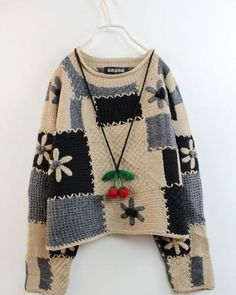 Crochet (Crochet Clothes) _ Stupid Feifei Photo Album – Pile of Gilet Crochet, Crochet Coat, Crochet Jacket, Freeform Crochet, Crochet Clothes, Pullover Upcycling, Recycled Sweaters, Crochet Fashion, Knitting Designs