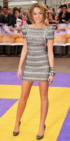 Look of the Day photo | 2009 London Premiere of 'Hannah Montana: The Movie'